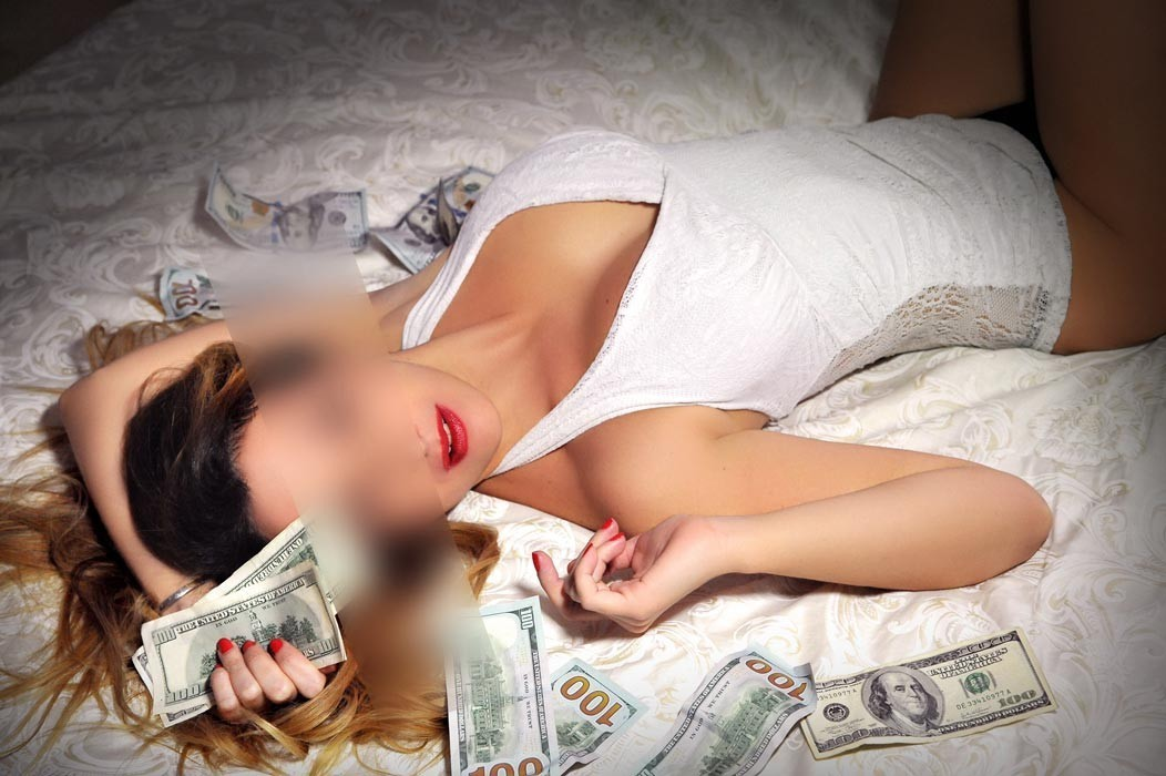 escorts act women for casual sex