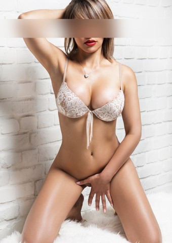 crown escorts free casual dating