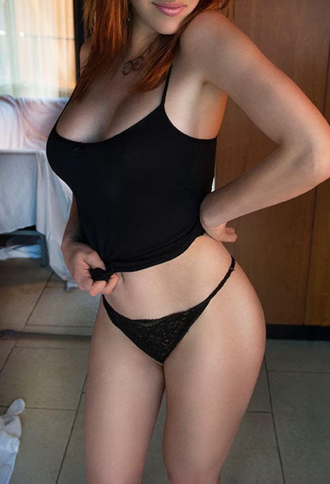escorts couples being casual Sydney
