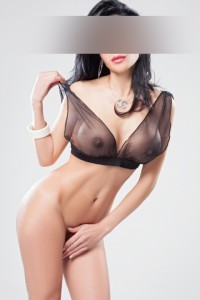 Carla, mature escort in Barcelona