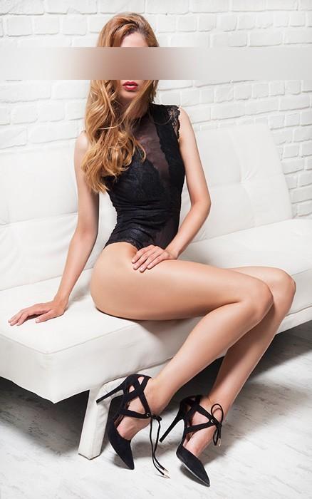 Candice-escort-en-Barcelona-1