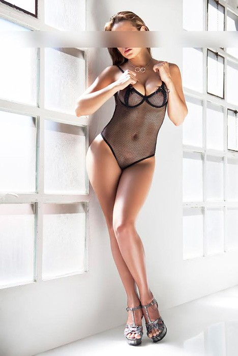 indian escorts in holland