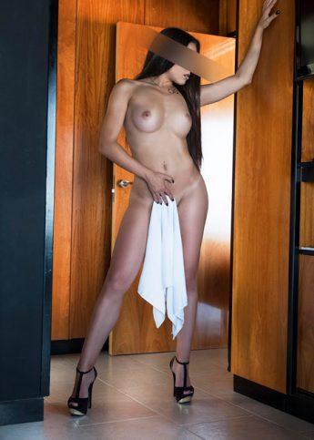 Nina escort de lujo en Barcelona 5
