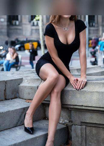 Julieta ingeniera escort de lujo en Barcelona 5