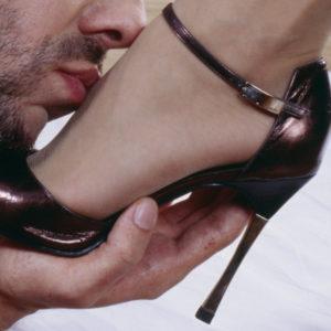fetichismo de los pies 1 300x300 - El fetichismo de los pies