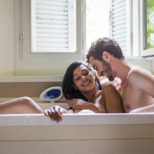 Sexo en banera 300x300 - Sexo en bañera: las mejores posturas y consejos para disfrutar al máximo