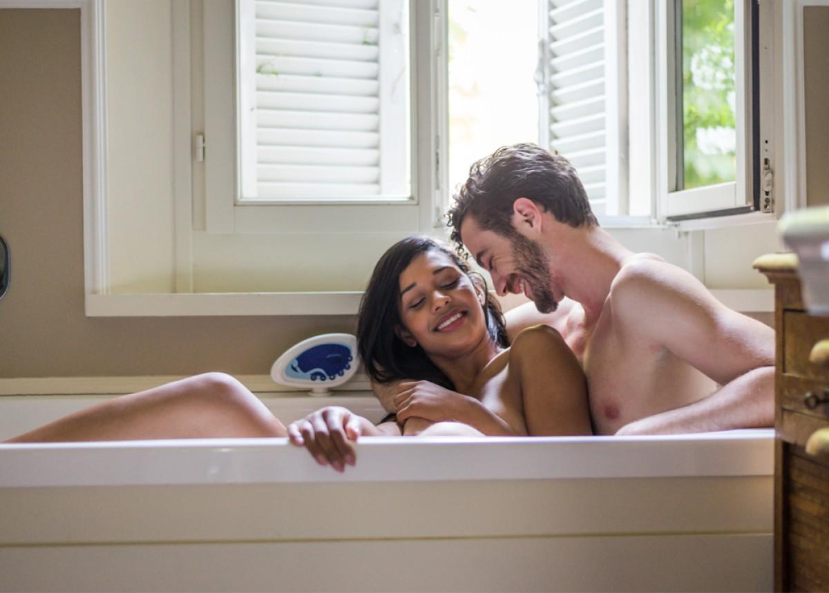 Sexo en banera - Sexo en bañera: las mejores posturas y consejos para disfrutar al máximo